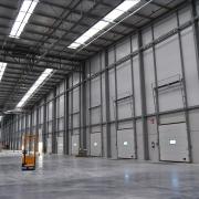 Interior de una plataforma logística
