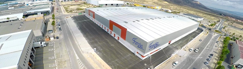 Plataforma logística del operador logístico Famosa Group